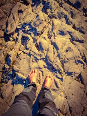 Barefoot-walking